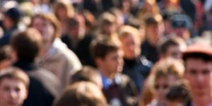 Multidão de consumidores que definem tendências 2021
